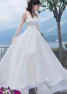Свадебное платье с разрезом из коллекции Венеция от Габбиано