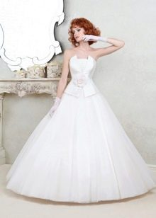 Свадебное платье с корсетом из коллекции Цветочная феерия