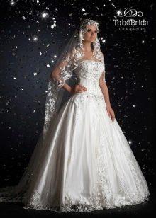 Свадебное платье а-силуэта от  To Be Bride 2011