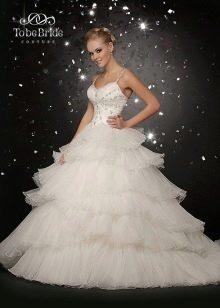 Свадебное платье с многоярусной юбкой от  To Be Bride 2011