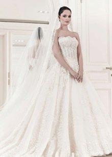Свадебное платье из коллекции 2014 а-силуэта с прозрачным корсетом