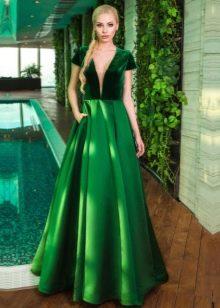 Изумрудное свадебное платье