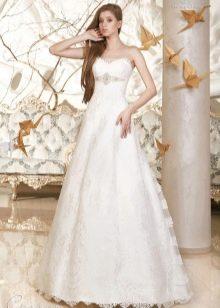 Свадебное платье кружевное а-силуэта из коллекции Дыхание весны