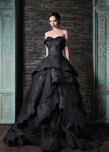Черное кружевное пышное свадебное платье