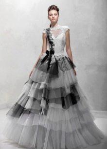 Свадебное платье с черными воланами