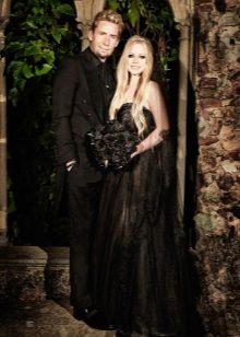 Черное свадебное платье Аврил Лавин