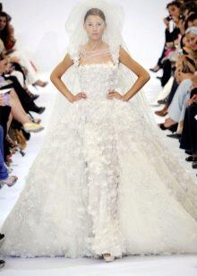 Пышное свадебное платье от Эли Сааб