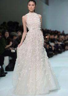 Закрытое свадебное платье от Эли Сааба
