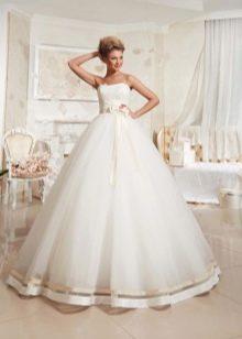 Пышное свадебное платье из коллекции Просто любовь