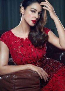 Красное вечернее платье звезд