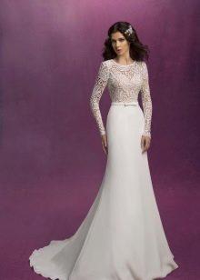 Свадебное платье из коллекции SONESTA с кружевным верхом