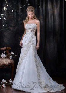 Свадебное платье от Наталии Романовой со шлейфом