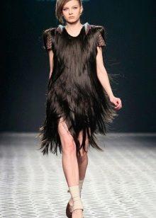 Вечернее платье из волос короткое черное
