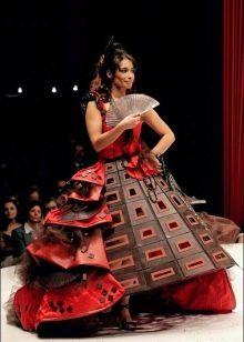 Вечернее платье из шоколада пышное