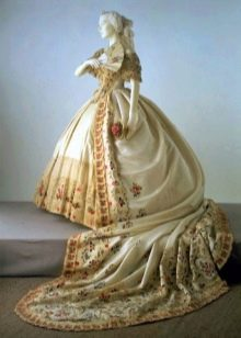 Свадебное платье  с вышивкой старинное
