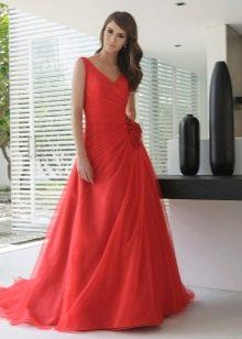 Свадебное платье а-силуэта красное