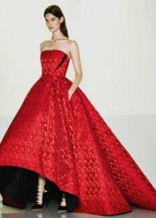 Красное свадебное платье хай-лоу