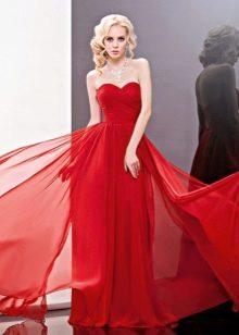 Красное свадебное платье прямое