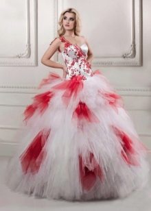 Бело-красное свадебное платье пышное