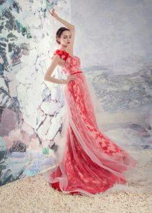 Кружевное красное свадебное платье
