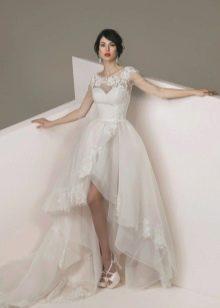 Свадебное  платье с кружевм короткое спереди длинное сзади