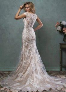 Свадебное платье кружевное с открытой спиной