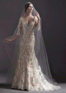 Свадебное платье русалка с кружевным рукавом айвори