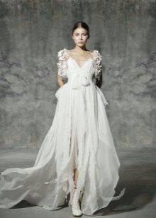 Свадебное платье а-силуэта с рукавом от Йолана Криса