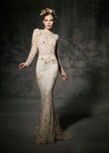 Свадебное платье рыбка с кружевным рукавом