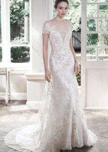 Ажурное прямое свадебное платье с рукавом от Мэгги Сотеро