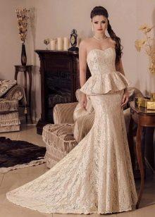 Свадебное платье рыбка с баской от Виктории Карандашевой