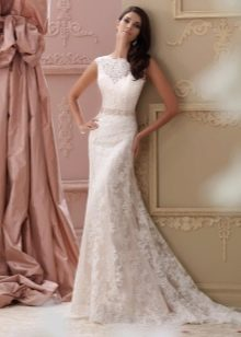 Элегантное свадебное платье из кружева