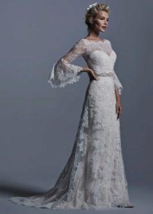 Кружевное свадебное платье с рукавами в винтажном стиле