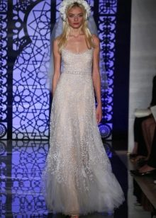 Свадебное платье  от Рим Акры с кристаллами