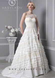 Свадебное платье с рюшами от Василькова