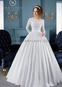 Пышное свадебное платье с жесткой юбкой от Васильков