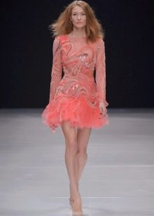 Вечернее платье короткое розовое
