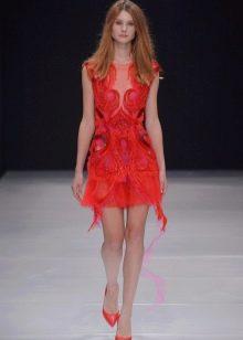 Вечернее платье короткое красное