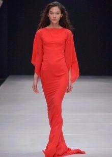 Красное вечернее платье от Валентина Юдашкина
