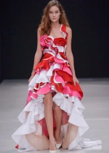 Вечернее платье короткое спереди и длинное сзади
