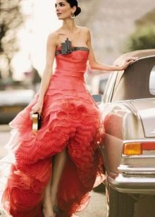 Пышное вечернее платье от Армани