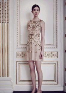 Короткое платье вечернее с вышивкой