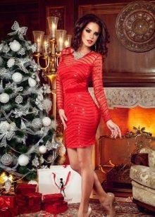 Красное вечернее платье для нового года