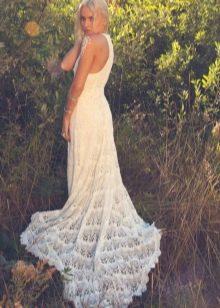 Вязаное свадебное платье крючком со шлейфом