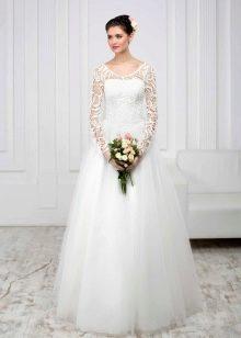 Свадебное платье из коллекции White с рукавами