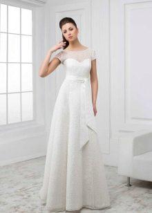 Свадебное платье из коллекции White с кружевом