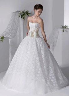 Свадебное платье из коллекции Серебро от Хадасса с поясом