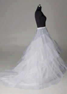 Подъюбник с оборками со шлейфом свадебный