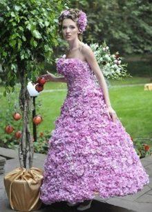 Вечернее платье из цветов а-силуэта