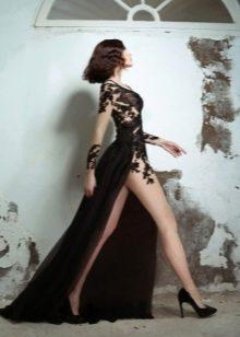 Обувь к ткровенному платью вечернему